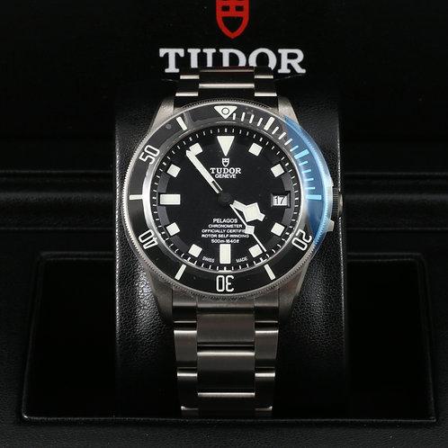 Tudor Pelagos Black 25600TN Titanium 42mm - NEW