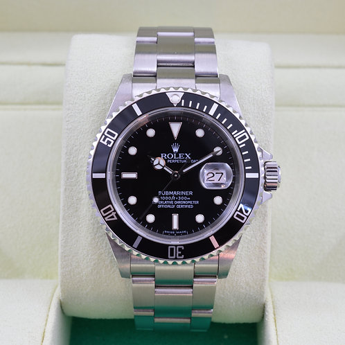 Rolex Submariner 16610 - Z Serial Box & Papers