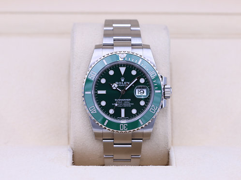 Rolex Submariner Date 116610LV Hulk Green - 2018 Box & Papers!