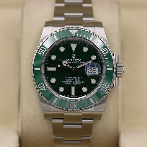Rolex Submariner Date 116610LV Hulk Green - 2019 Unworn!