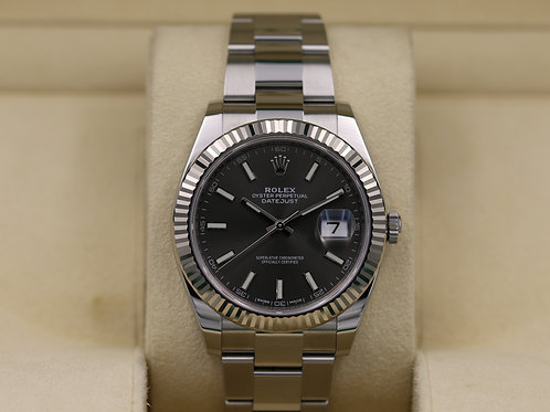 Rolex DateJust 41 126334 Rhodium Dial Oyster - Box & Papers