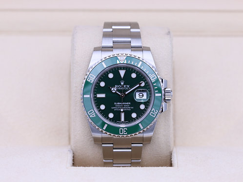Rolex Submariner Date 116610LV Hulk Green - Box & Papers!