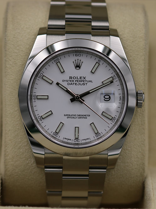 Rolex DateJust 41 126300 White Dial Smooth Bezel - 2018 Box & Papers