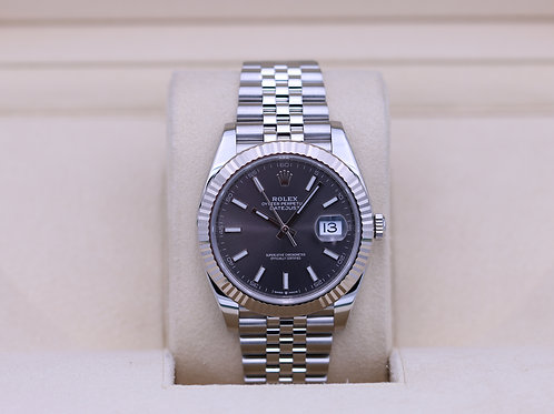 Rolex DateJust 41 126334 Rhodium Dial Jubilee - 2018 Box & Papers