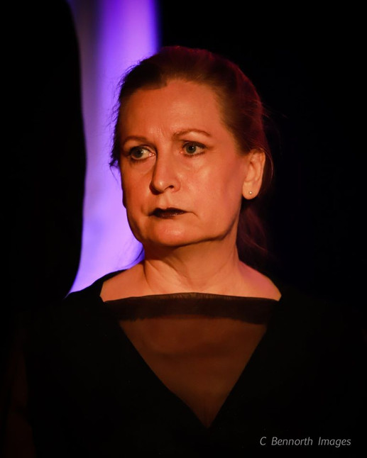 Ann Myrna theatre Hamlet