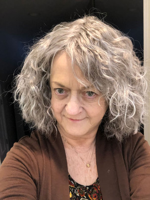 Homeless lady look with wig Sandy Gulliver actor in IL WI