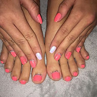 Nail Tech required for a Tanning and Be