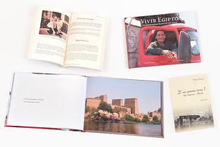 Libro Biografico Vivir en Egypto y Libro D'ou venons nous ?, ambos en pasta dura.