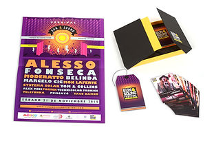 Contenedor en cartoneé y pasta dura , tarjetas en impresión digital para el Festival Sun & Sound.