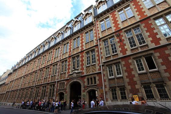 Institut_Catholique_de_Paris.jpg