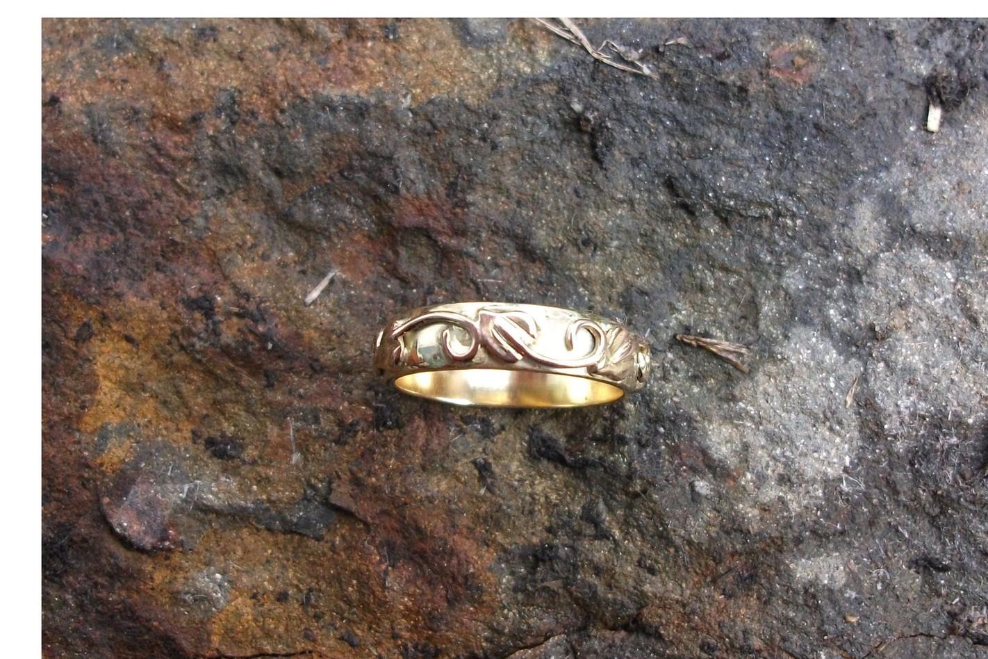 18ct rose gold Art Nouveau ring