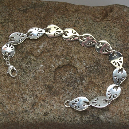 Strawberry leaf bracelet