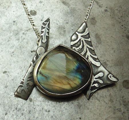 Labradorite Silver Pendant with seaweed pattern