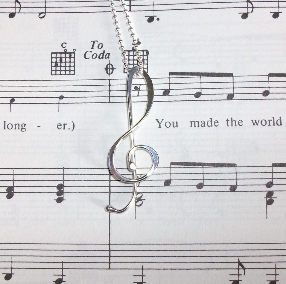 Treble clef, music pendant