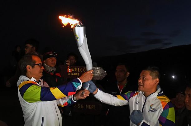 Torch Relay Boxer.jpg