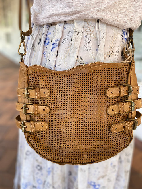 Quay Crossbody Tobacco