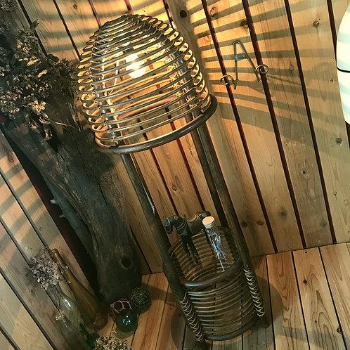 70'sヴィンテージ ラタンの照明付き飾り台