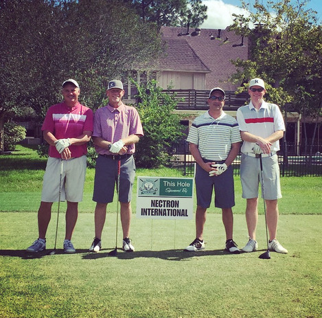 Andy Cox and group of golfers.jpg
