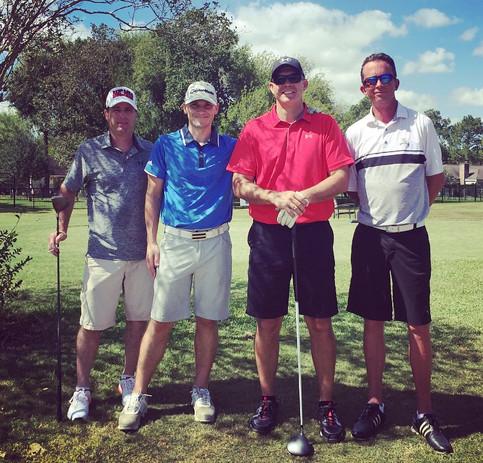Group of golfers II.jpg