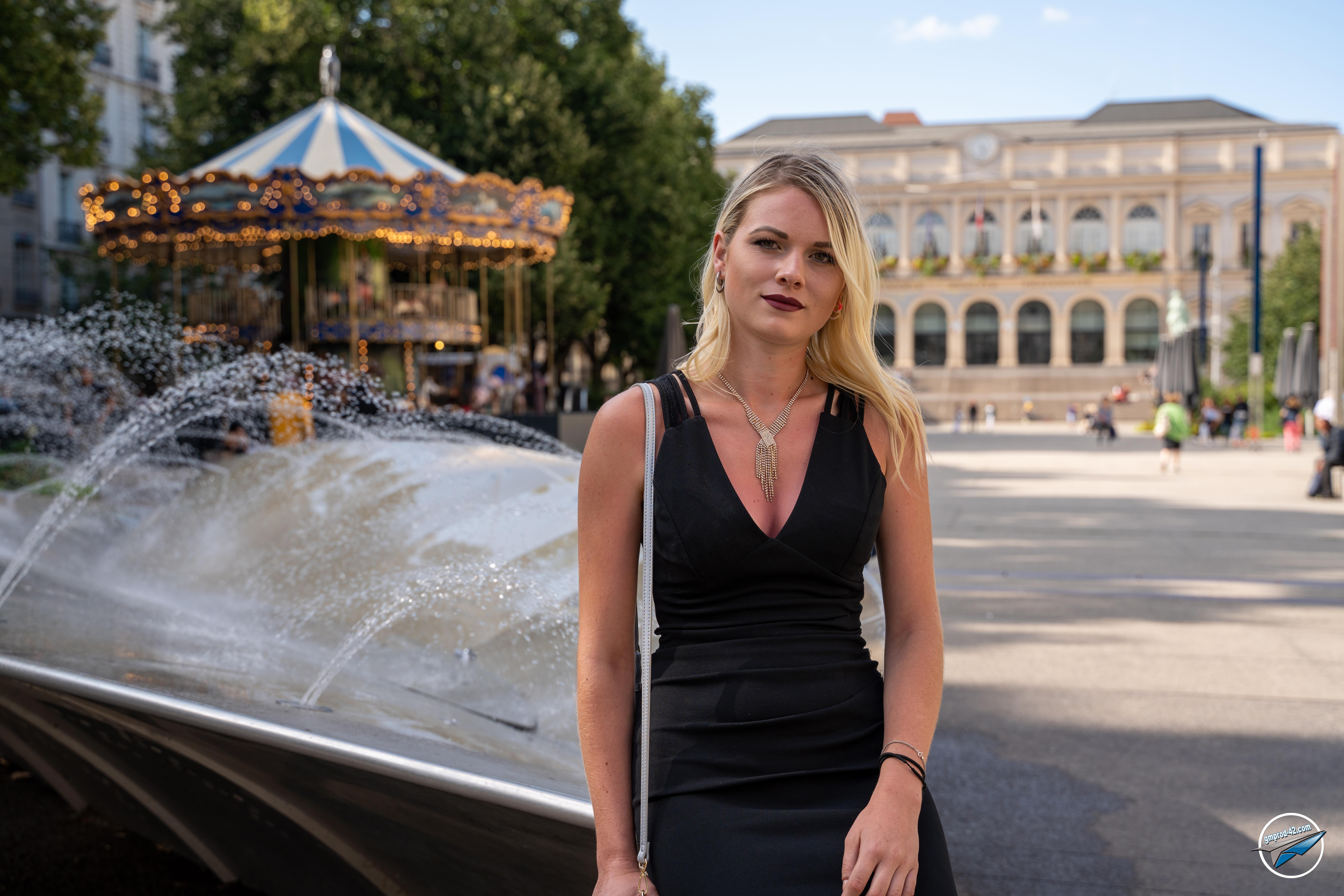 Alice Brabbit (49)
