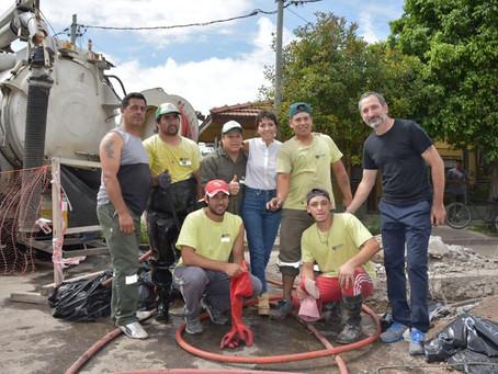 Supervisamos las tareas de limpieza y mantenimiento en la plaza Cuatro Vientos de Villa La Florida