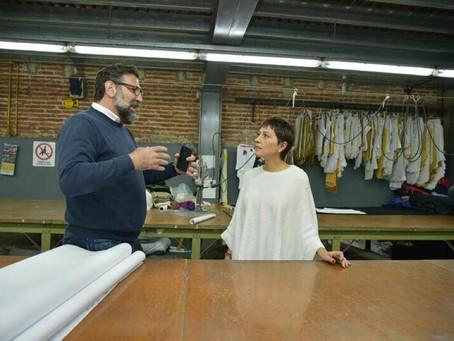 Visitamos la fábrica Mistral de Quilmes Este. Nos recibió Pablo, su dueño junto a los trabajadores.