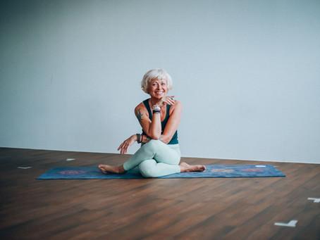 Terapeutisk Yogalærer Kine / Yess Yoga