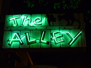 the-alley-bar-sign.jpg