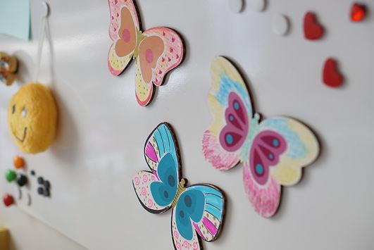 Crie e brinque com os magnéticos do tema borboletas!