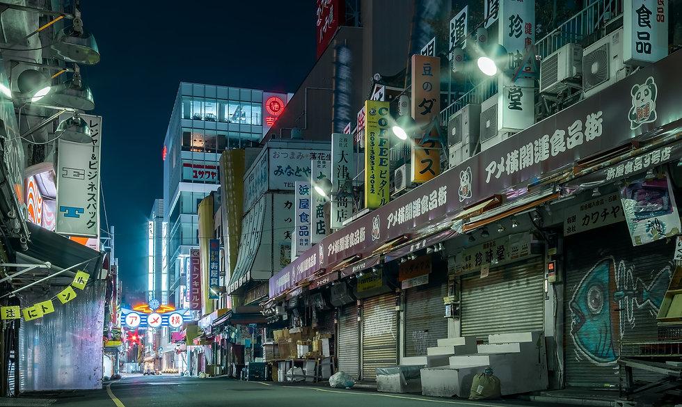 Ameyayokocho Ueno Market empty - Nicolas Wauters Japan Photographer