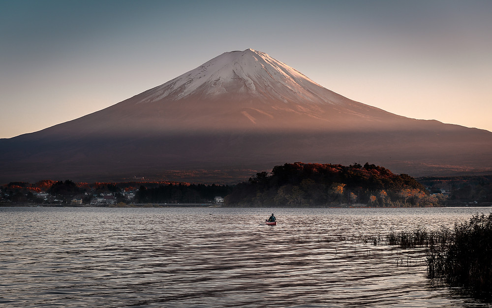 A view of the mount-fuji at sunrise
