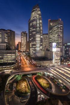 Shinjuku Coccoon Tower