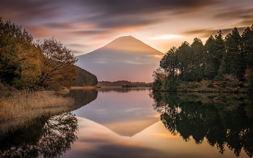 A view of the mount-fuji from Tanuki Lake