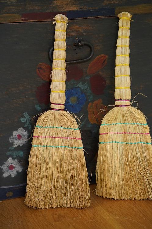 Handwoven small sweeping brush from Ukraine