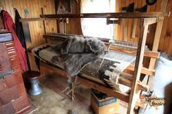 Wooden loom for weaving lizhnyk