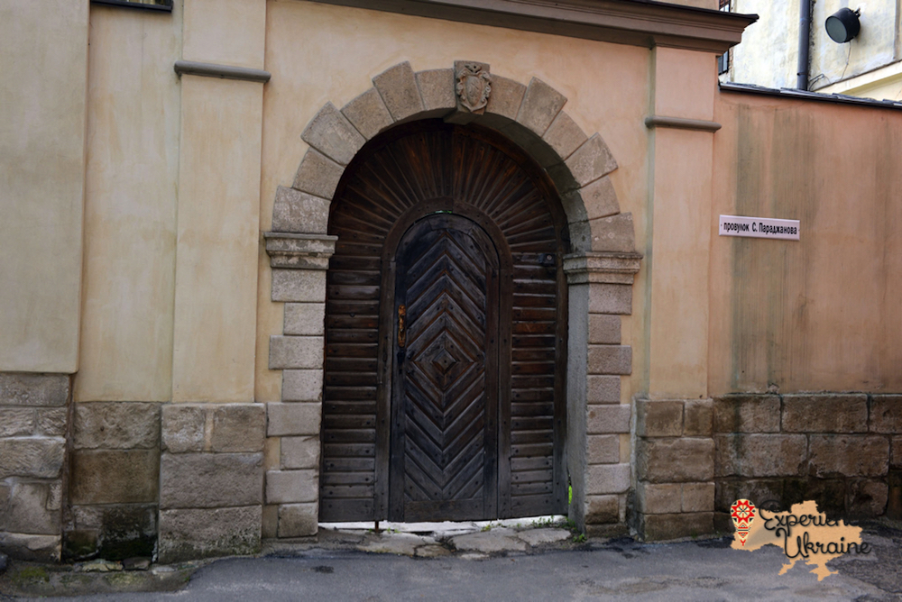 Door in Lviv-imp