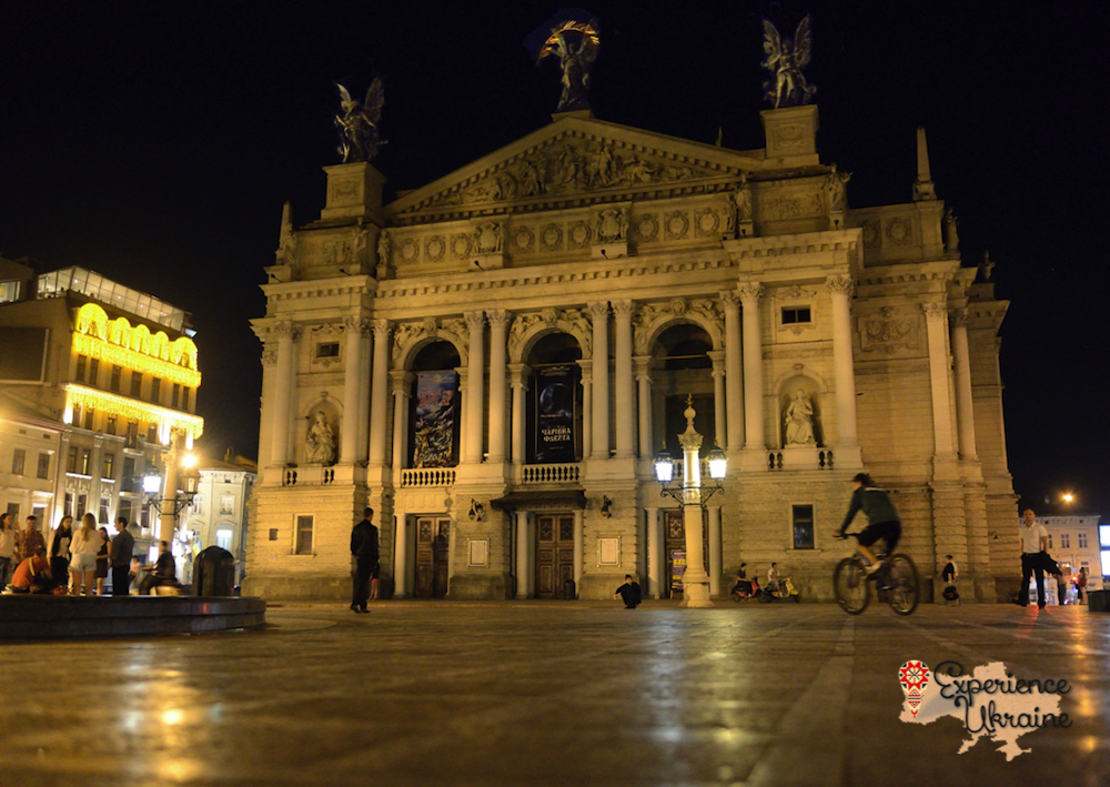 Lviv Opera House at night LR-imp