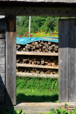 Logs in Kryvorivnya
