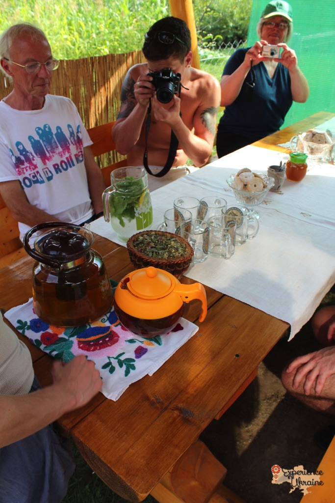 Herbal tea in Nyzhnie Selyshche
