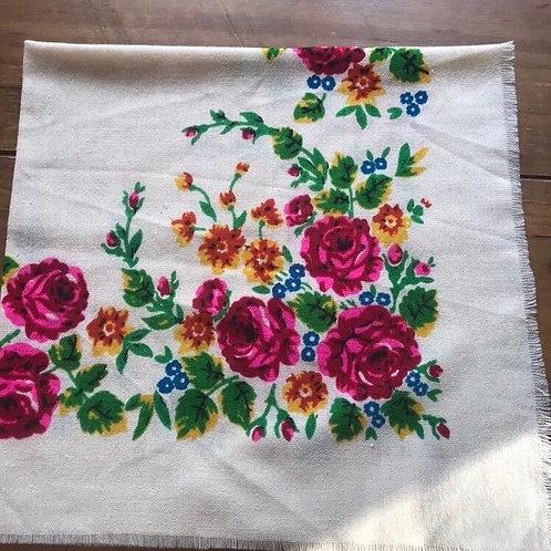 Vintage cream wool head scarf/shawl from Ukraine