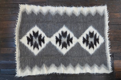 Lizhnyk - handwoven wool rug/ blanket/ throw from Carpathian Mountains