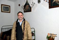 Will wearing traditonal coat-imp