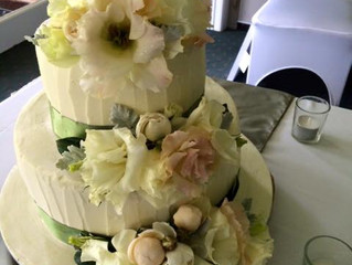 Amanda and Kyle's Wedding Cake