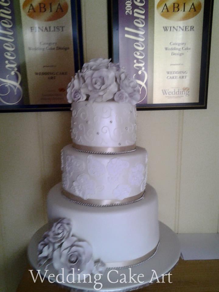 Jenna and Benny's Wedding Cake