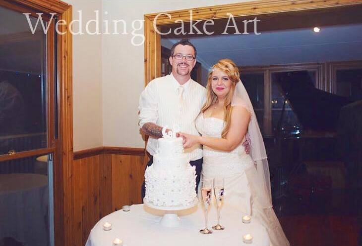 Connie-Peter-Wedding-Cake-2.jpg
