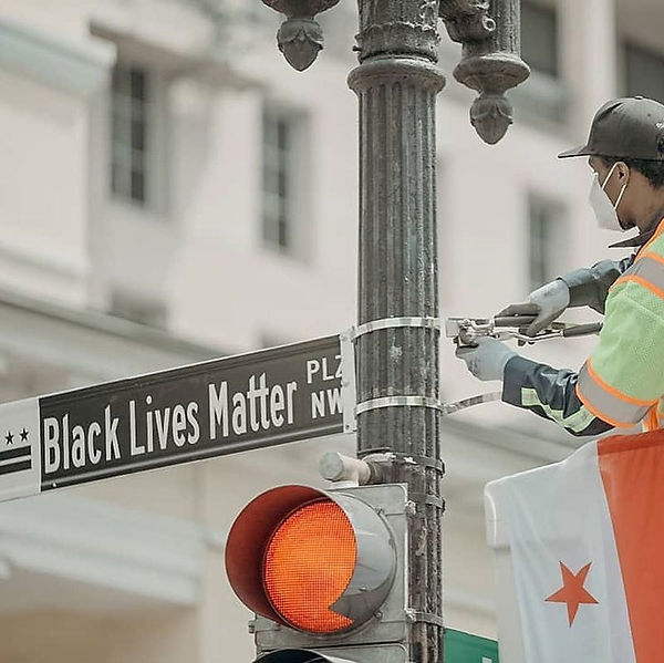 black-lives-matters-street-outside-of-wh