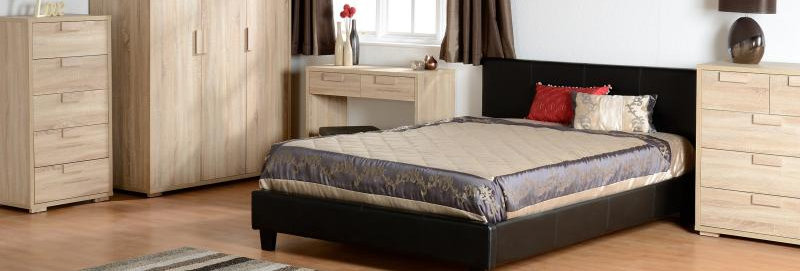 "Prado 4'6"" Bed in Black Faux Leather"