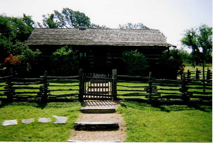 The Log Cabin pre-Dr. Okerholm Loghaus