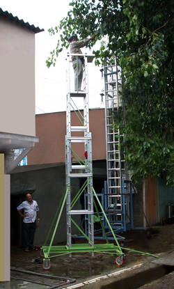 Telescopic Tower Ladder in extended condition