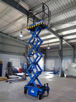 Reach Up 4 ( 4 Meters Platform Height x 6 Meters Working Height )(2)